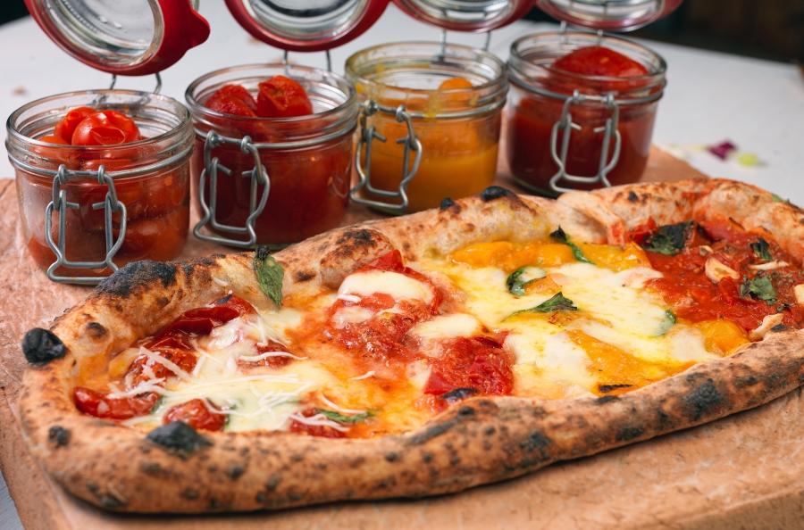 Pizza Pomodorosa