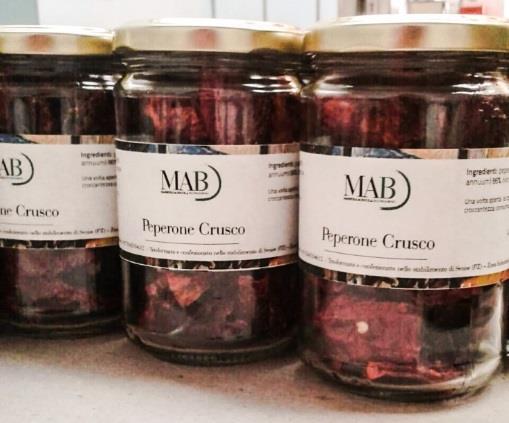 I barattoli con il peperone crusco di MAB