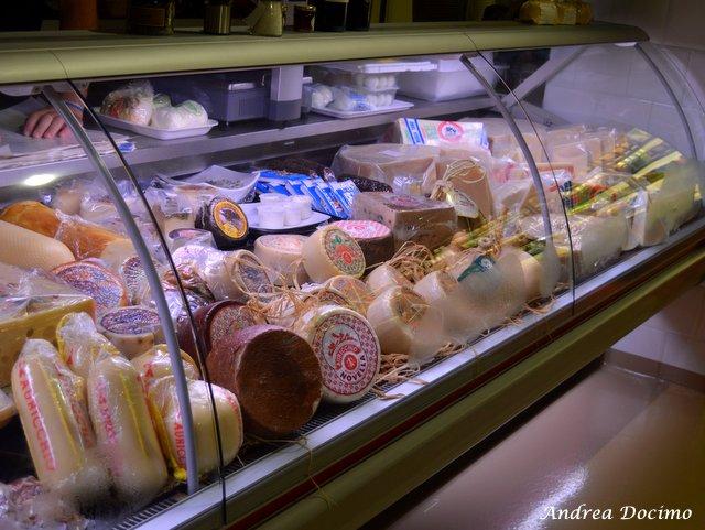 Bifburger by Bifulco a San Giuseppe Vesuviano. Il banco dei formaggi