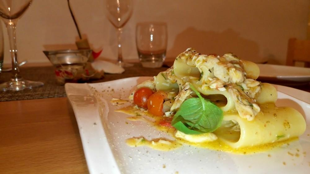 Cetaria - Baronissi, Pacchero con ventresca di ricciola e terra di olive nere