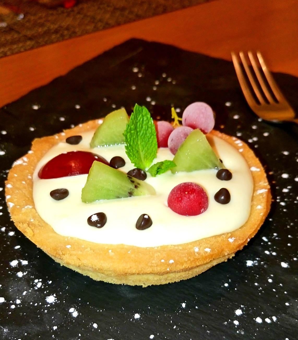 Cetaria - Baronissi, tartellette con crema fresca e frutta