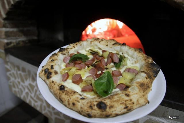 Il Segreto di PUlcinella Giuseppe Bove Pizza Wusterl e  patatine