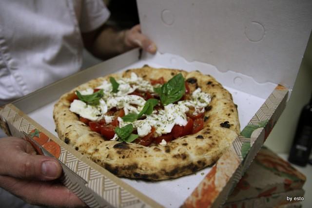 Il Segreto di PUlcinella Giuseppe Bove Pizza  margherita da asporto
