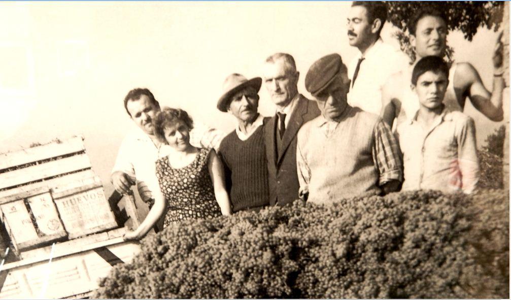 Il papa' di Stefano Di Marzo (Torricino) con la sua famiglia, storici conferitori di Mastroberardino