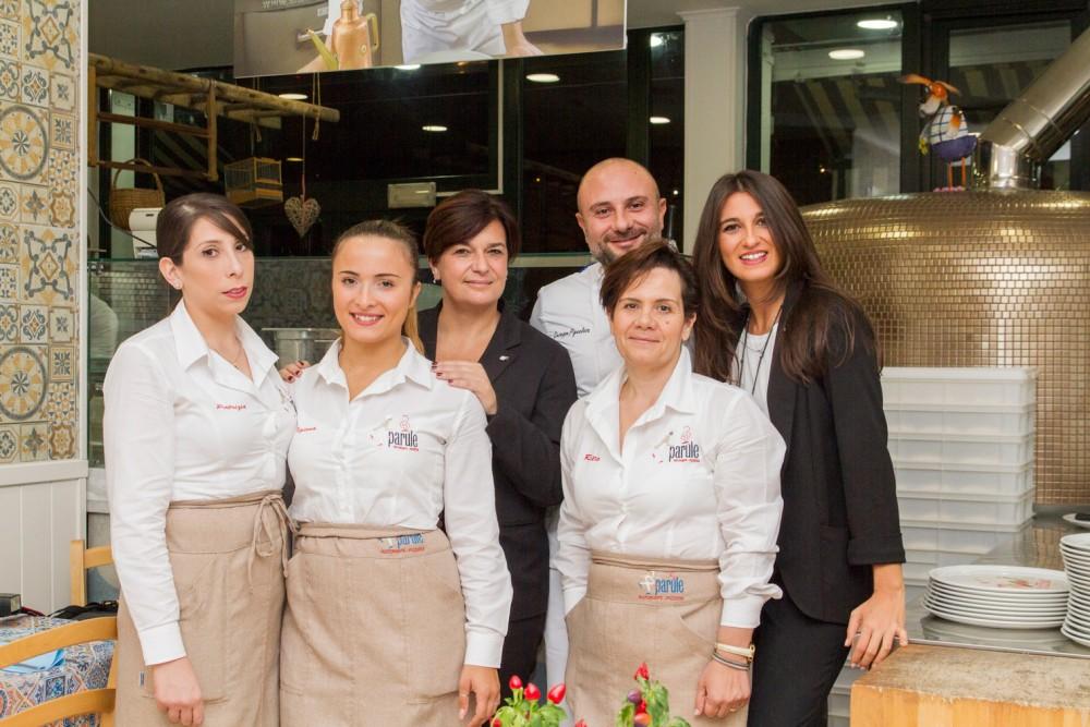 Lo staff con Adele Elisabetta Granieri ed Emanuela Chiarolanza-LeParule