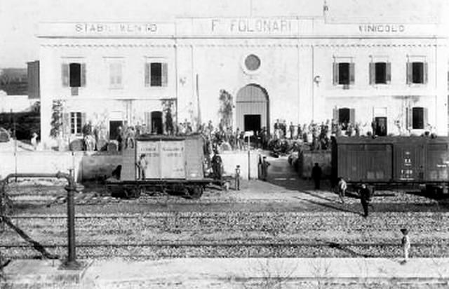 Foto storica dello stabilimento Folonari di Galatina (fonte web)