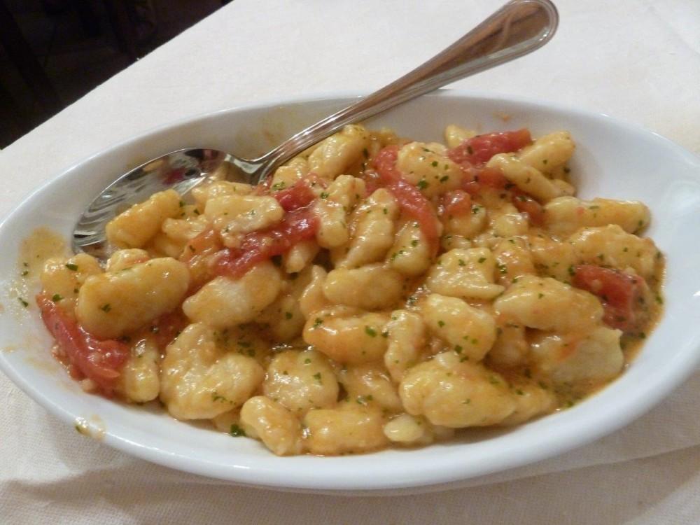 Osteria Cian de Bia', Gli gnocchi pomodoro e pesto