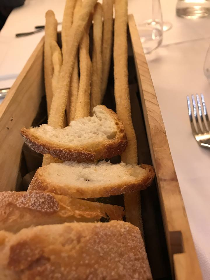 Osteria del Vicoletto, pane e grissini