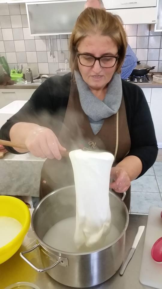 Il Tintore, Raffaela Amato e la filatura del fior di latte