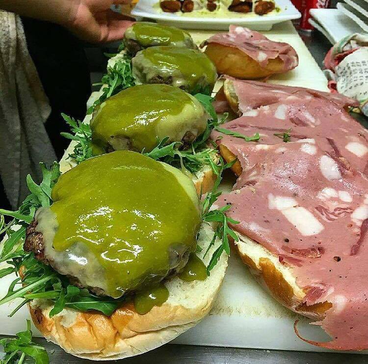 Hamburger  Delicious, Cinghialotto