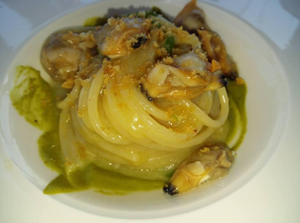 Monastero Santa Rosa, Spaghetti dei Campi con vongole e salsa di friggitelli