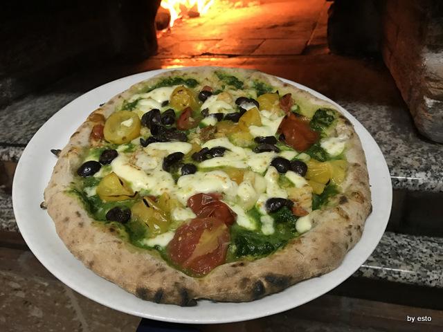 Antovin Alessandro Tirino pizza Bacalao con impasto da grani antichi