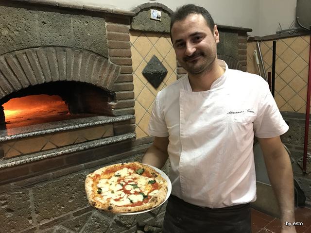 Antovin Alessandro Tirino pizza Margherita con impasto da grani antichi
