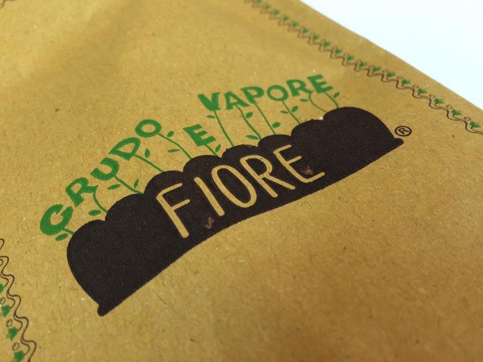 Fiore Crudo e Vapore, carta paglia per le posate