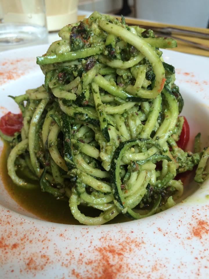 Fiore Crudo e Vapore, spaghetti di zucchine