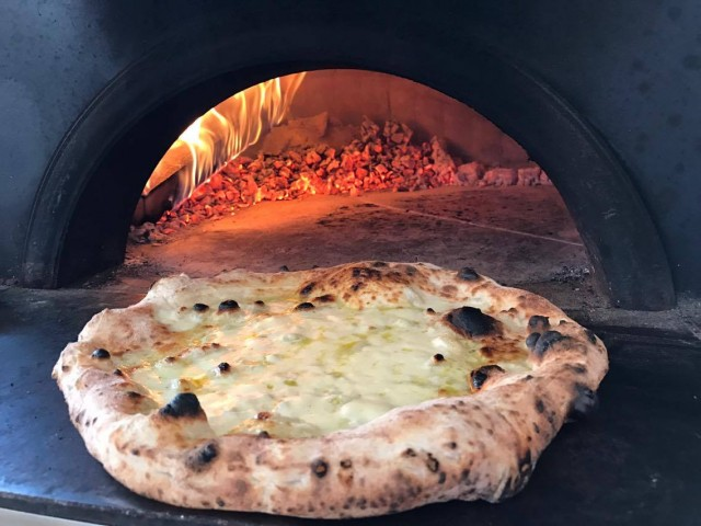 Gnam Napoli gran taste pizza con fiordilatte da latte nobile