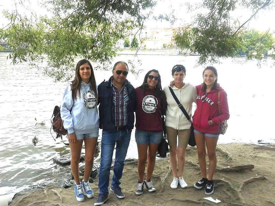 La famiglia Zarrella... Mariarita, Ercole, Martina, Aurelia e Simona