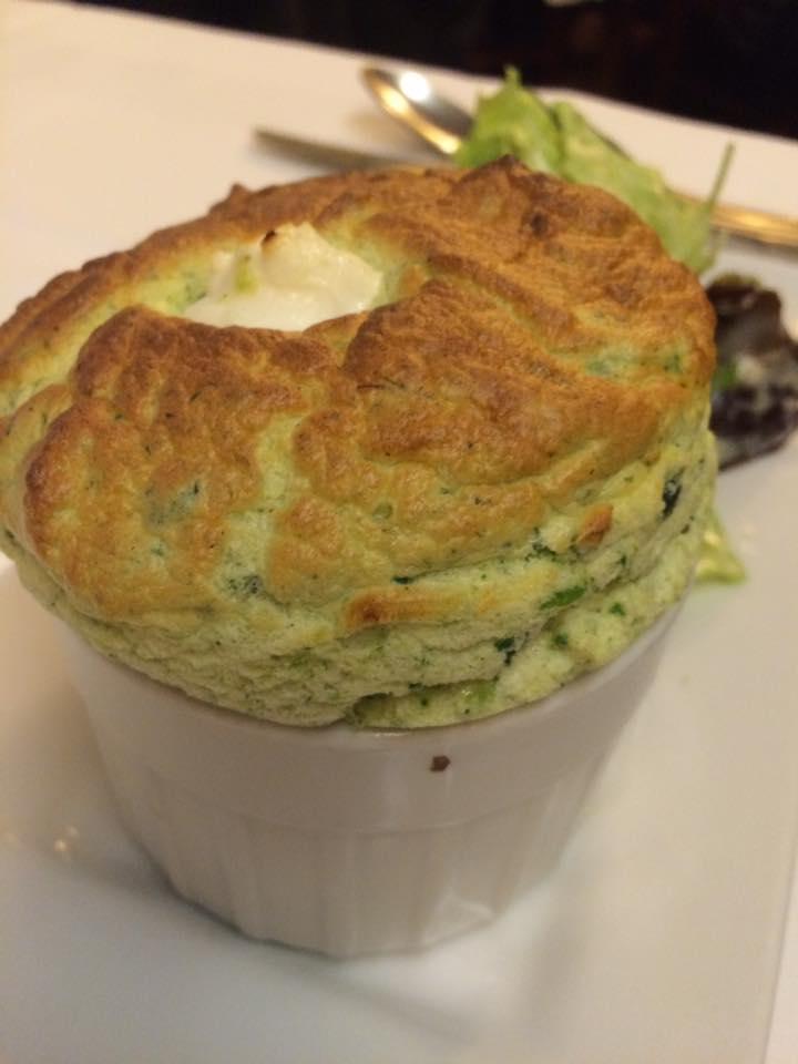 Le Souffle, agli spinaci e formaggio di capra