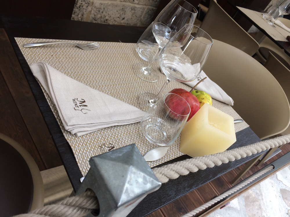 My Wine, tavolo esterno