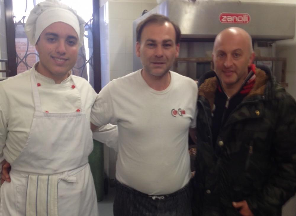 Pasticceria del Convento, i pasticieri con Padre Gigino