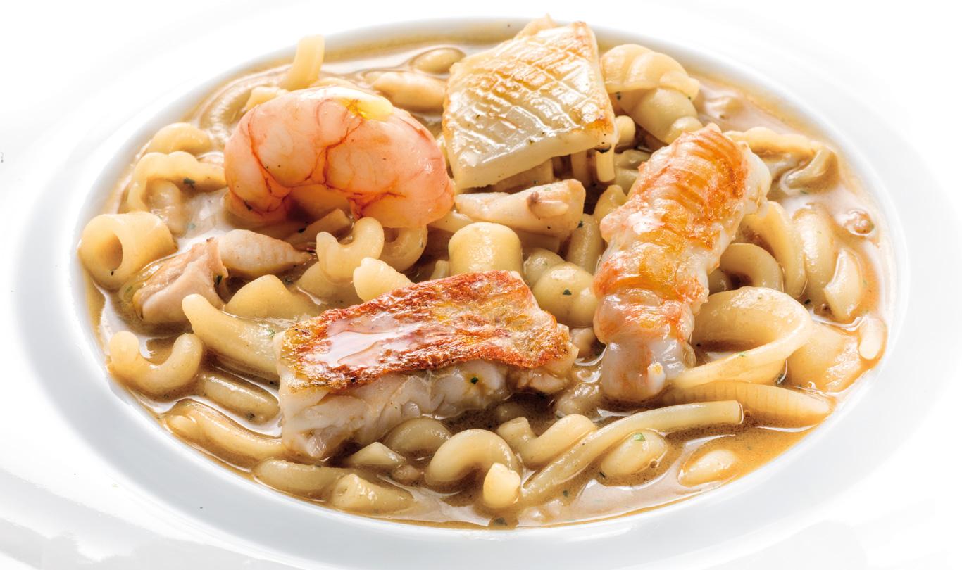 Gennaro Esposito Minestra Di Pasta Mista Con Piccoli Pesci Di Scoglio  #BE790D 1366 810 Classifica Delle Migliori Cucine Mondiali
