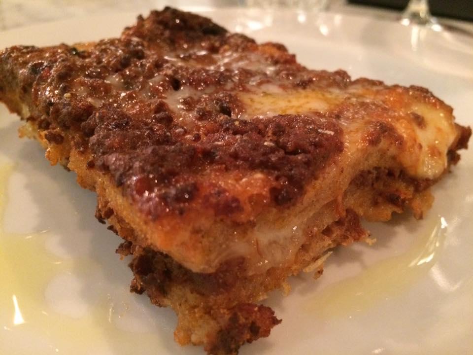 Santi Sebastiano e Valentino, lasagna di pane