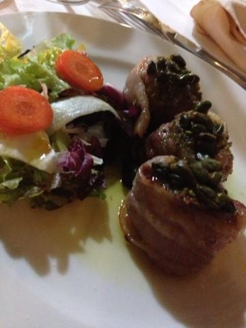 Osteria Piazzetta del Sole, il maiale in crosta di pistacchi