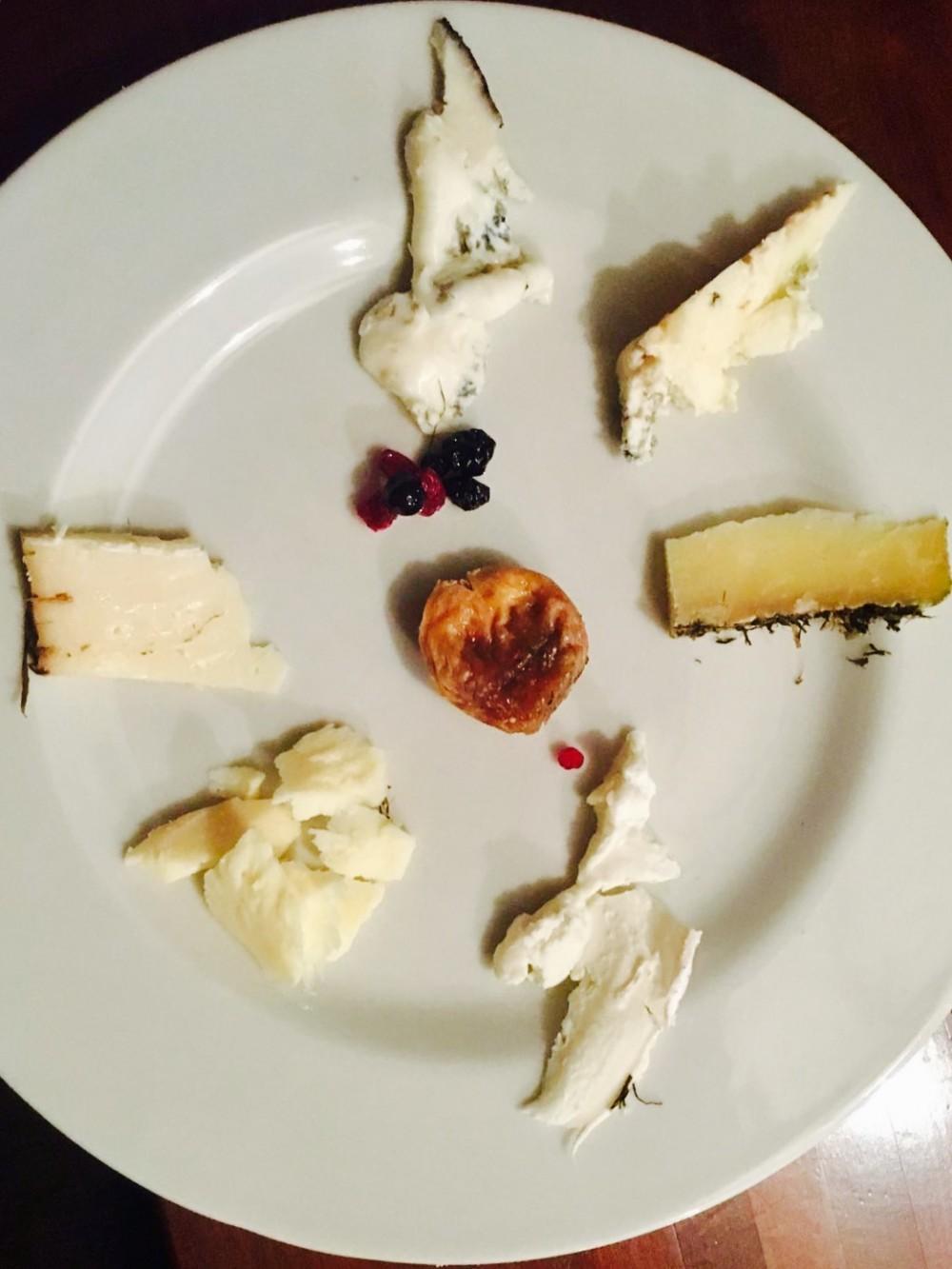 Civico 12, Piatto formaggi in degustazione