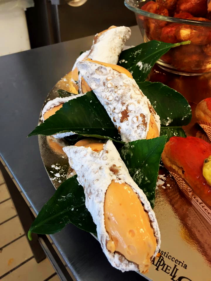 Cannolo al Fico d'India