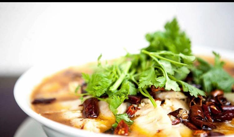 Asian Inn, Zuppa di pesce e verdura, piatto dello Jiangsu