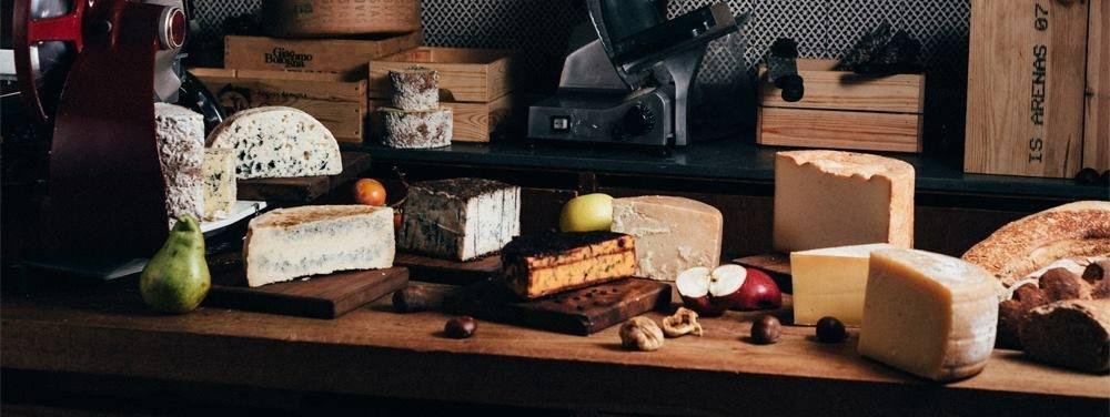 Buio, La vasta selezione di formaggi