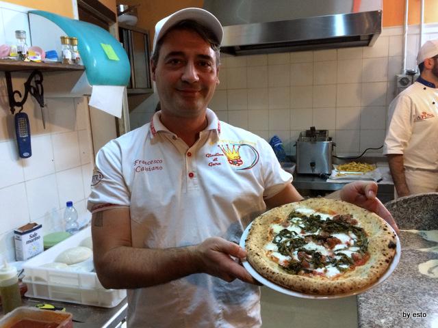 Checco  Pizza Lecce. Francesco Cassiano pizza salsiccia e friarielli
