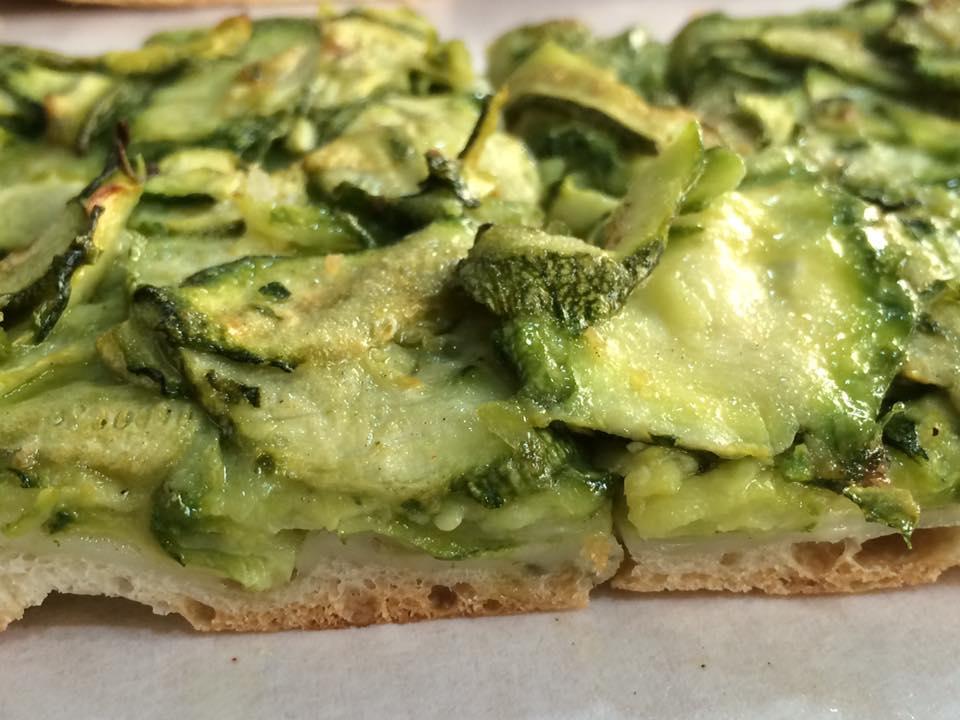Da Luigi, pizza con zucchine