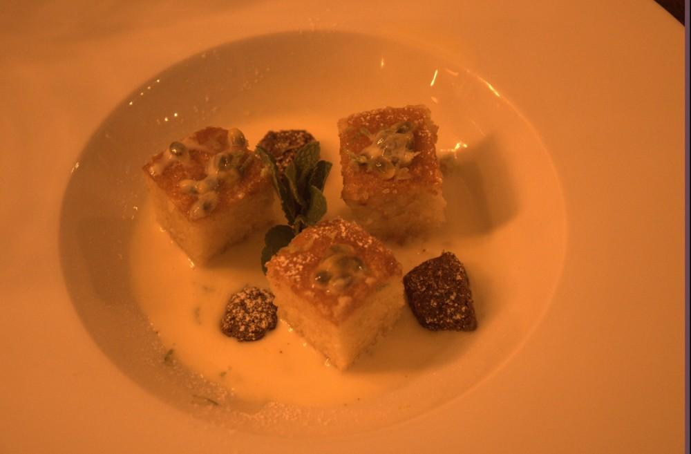La Locanda del Testardo, Caprese al limone, su salsa inglese al cioccolato bianco e limoncello