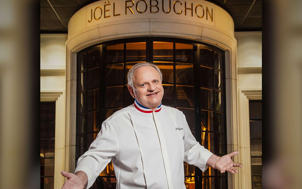 mgm-grand-restaurant-joel-robuchon-chef-lifestyle-joel-robuchon-@2x.jpg.image.2880.1800.high