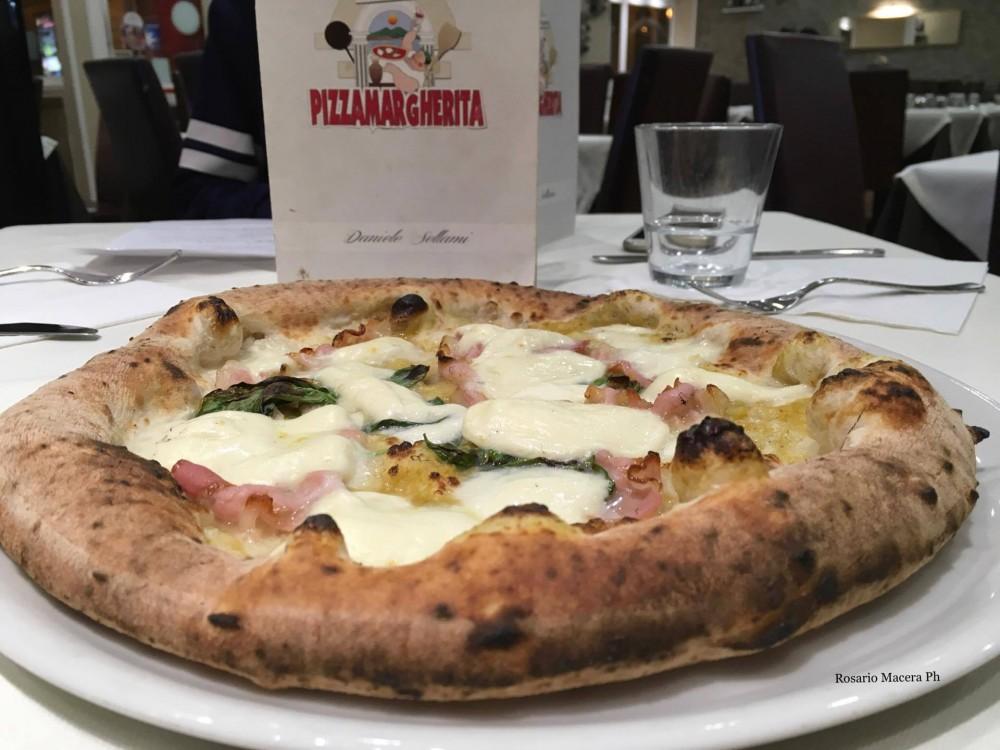 Pizza Margherita - Macina a pietra