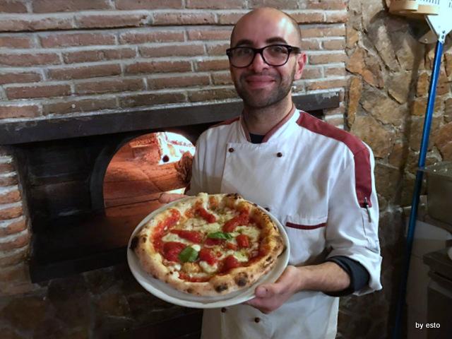 'A Luna Rossa Dario Pascarella la pizza San marzano