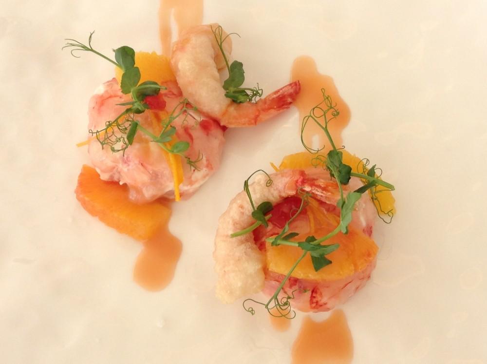 Florian Maison, gamberi orange...cotto e crudo di gambero rosso con burrata all'arancia e gelatina di Campari, il piatto che soddisfa papille e pupille