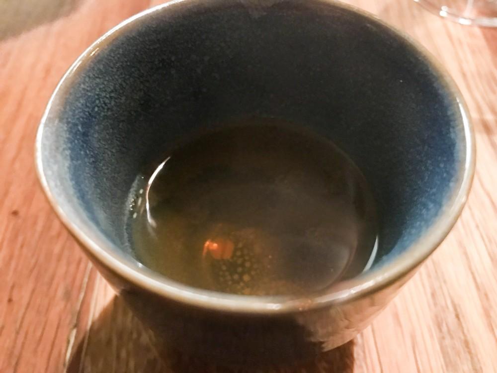 Ristorante 28 posti, infuso caldo di mela alla brace ed erbe aromatiche
