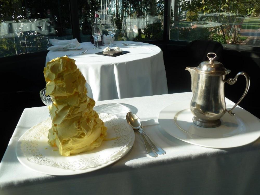 Miramonti, il servizio del gelato
