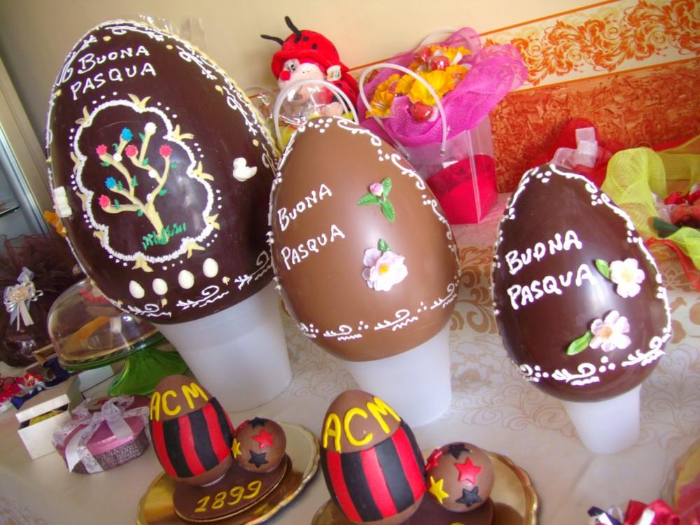 Pasticceria Viennetta, uova di cioccolata
