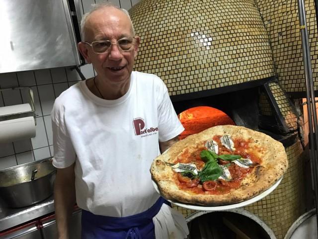 Pizzeria  Port'Alba Luigi Luciano Marinara con alici