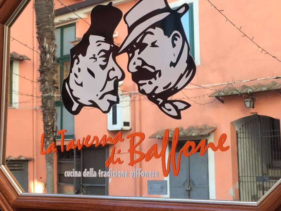 Taverna di Baffone, insegna
