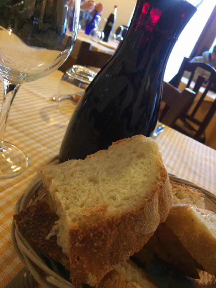 Taverna di Baffone, pane e vino