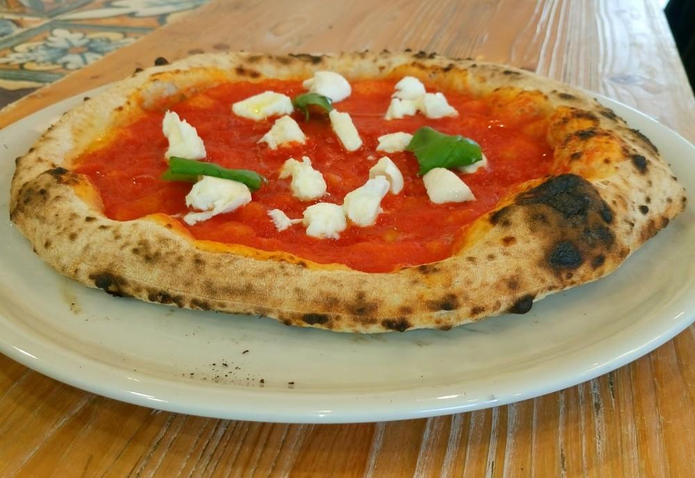 Pizza Tre Voglie