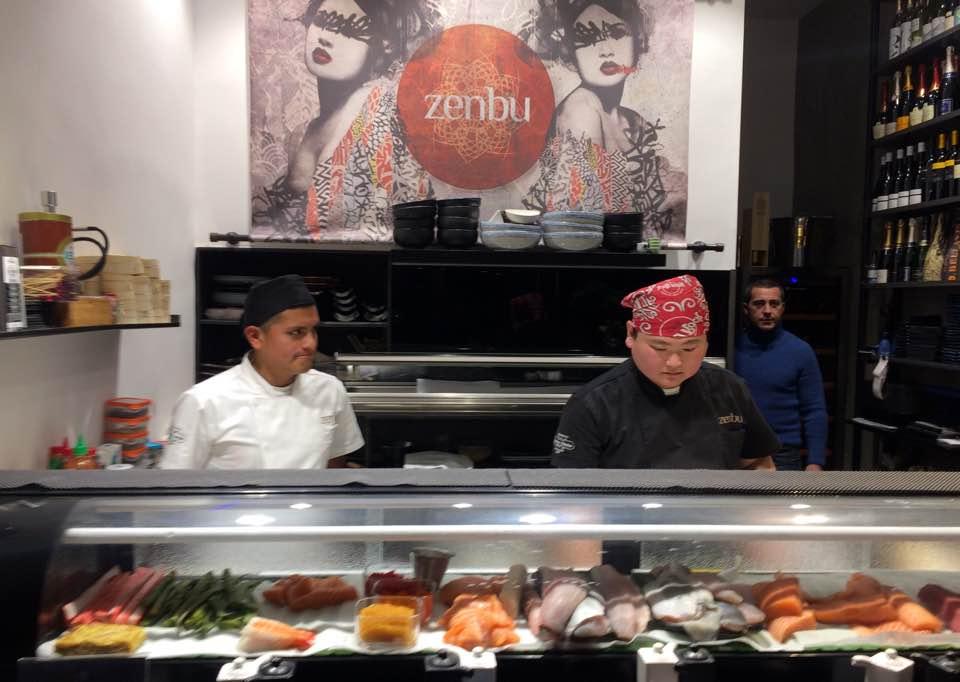Zenbu. Sushi Counter. Gli Chef Al Lavoro