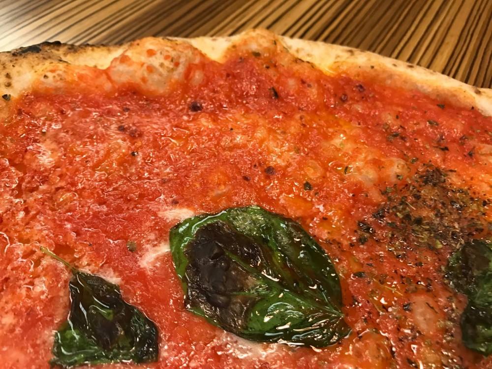 Pizzeria Da Michele I Condurro a Fuorigrotta, cosacca