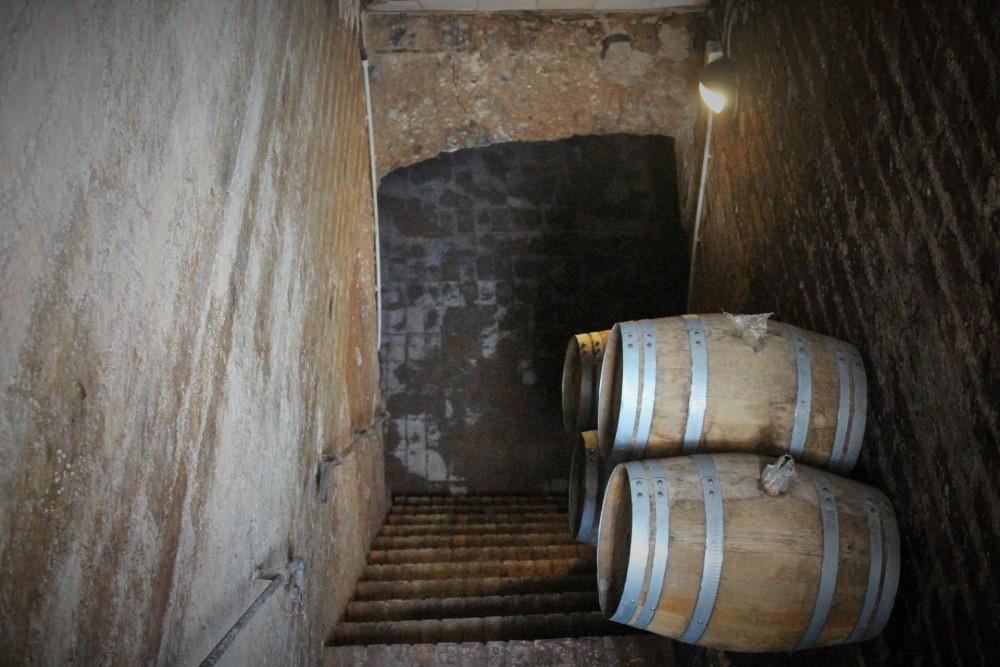 Berola' Distillati cantina e barrique per affinamento di grappa pallagrello e falanghina