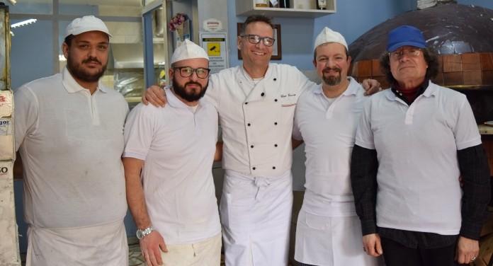 Ciro Coccia con i suoi collaboratori
