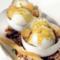 Gelato al fior di latte e gorgonzola con sfogliatine, miele e pistacchi